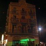 fachada al lado del Kenavo