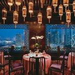 Man Wah at Mandarin Oriental, Hong Kong