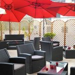 Siempre hay disponibilidad de sofás en el exterior para nuestros clientes