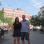 Praça da Batalha com o hotel quality aos fundos