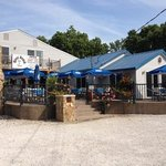 River Beach Pub & Eatery