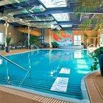 Piscine intérieure   Indoor swimming pool