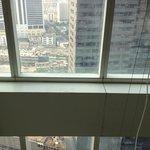 durty room window