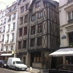 oldest house in paris