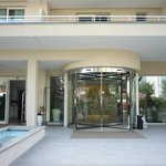 Eingang zum Hotel Erica