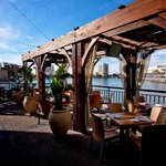 OUTDOOR PATIO WATERFRONT SEATING