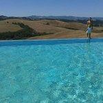 La piscina e la vista splendida