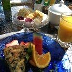 spinach & artichoke quiche w/ buttermilk biscuits & honey butter