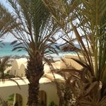 zicht vanuit de kamer in hotel park inn by radisson, djerba