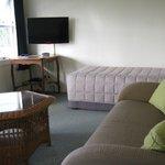 2 Bedroom Unit lounge area