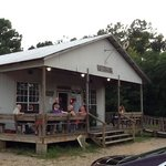 Leatha's Bar-B-Que Inn Photo