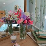 flowers for guests every stay