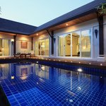 Modern Thai Pool Villa