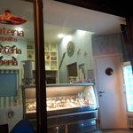 Vetrina - La baia dei Baci gelateria