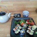 Sushi& Genmaicha gree tea