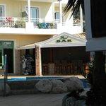 Pool area (bar)