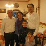 Com Gigino, seu filho Massimo e netos :)