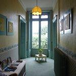 Couloir au 1er, chambre fond à droite