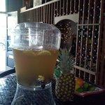 Foto de Sanford Wine Bar