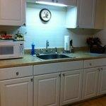butler's suite - kitchen