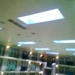 falling ceiling tiles