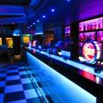 Montys Restaurant Bar Foto
