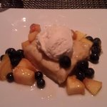 Gooey Vanilla Butter Cake with Fruit and Ice Cream