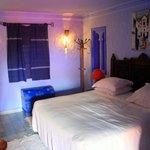 Suite SW4 bedroom