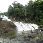 Sathmahal Ella ( A waterfall )