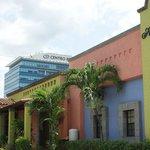 Photo de Hotel Colon
