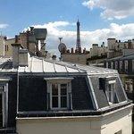 Plaza Tour Eiffel Photo