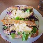"""sandwich """"le thon se met au vert"""""""