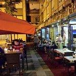 La Piazza pasta & lounge bar