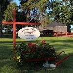 Foto di Country Charm Historic Farmhouse
