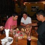 Un break con amigos en San Juan Pizzería
