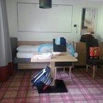 assieme al nostro letto matrimoniale anche il letto per ns.figlio in camera con noi
