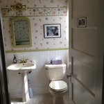 Euphrosyre bathroom