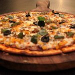 Button Mushroom, Black Olives, Feta, Roasted Garlic Chips, Tomato Sauce Pizza