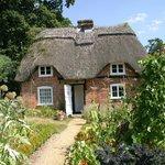 Cottage (mini museum)
