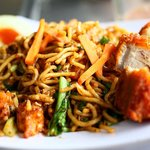Mee Goreng Ayam (fried noodles with fried chicken)