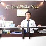 tim, de zeer vriendelijke medewerker van het hotel