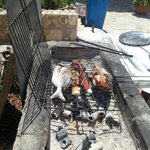 ızgara balık, kalamar ve ahtapot