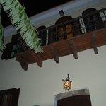 balcón por la noche