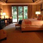Astor Suite King room