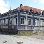 Dette hus mødte os ved ankomsten til Rauma.