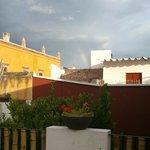 La vista desde el jacuzzi fue agradable por todos los ángulos - !hasta me incluyo arco iris!
