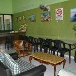 Bureau d'accueil et salle commune