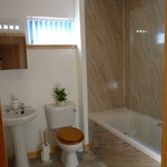 An ensuite Bathroom at Tulach Ard House