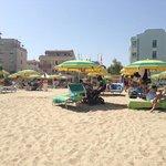 spiaggia bagni 1