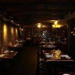 dk italian dining area